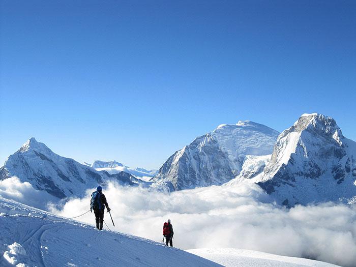 Climbing-Pisco
