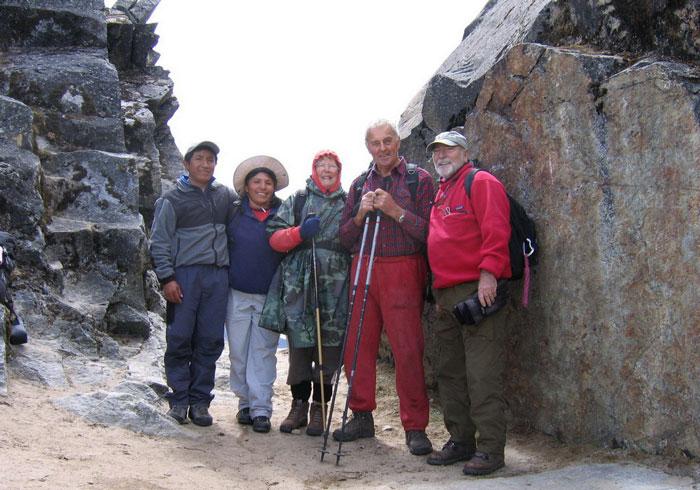 Peru, treks, climbs, hiking, - Oldies-trekking-cordillera-blanca