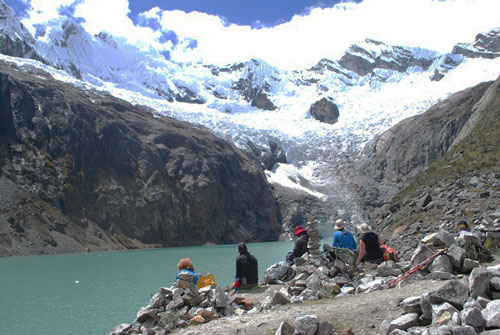 alpamayo-base-camp-arhuaycocha-lake