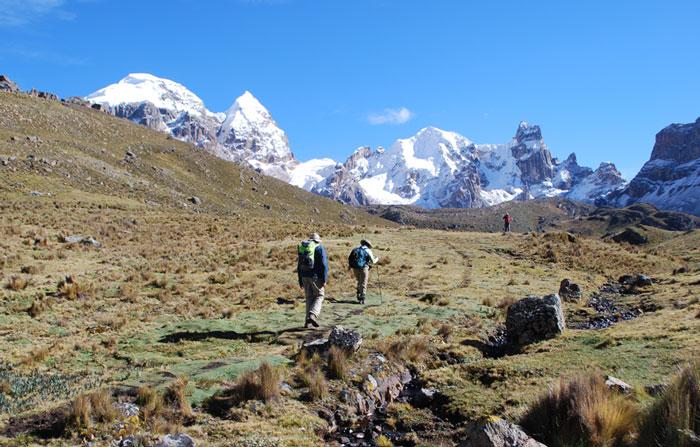 Peru, treks, climbs, hiking, - huayhuash-trek-hiking-to-cuyoc-pass