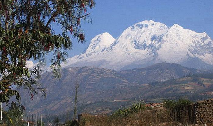 Peru, treks, climbs, hiking, - Huascaran-cordillera-blanca