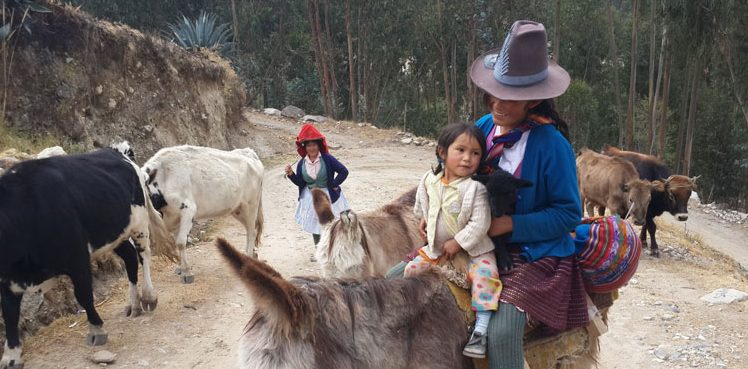 Peru, treks, climbs, hiking, - Huaraz-locals-life