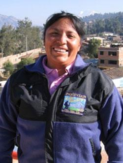Mayumi-Morales-cordillera-blanca-trek-guide-and-cook