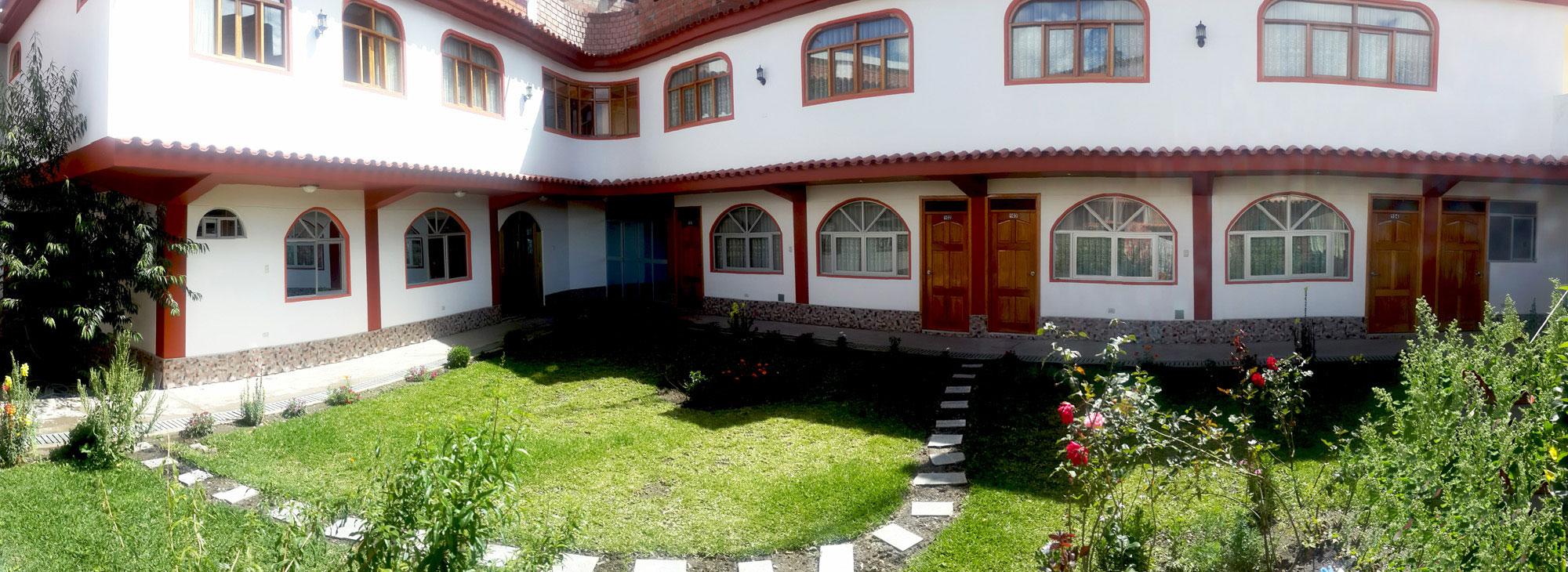 Peru, treks, climbs, hiking, - hotel-huaraz-alojamiento
