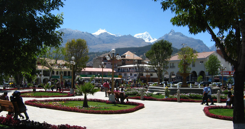 Peru, treks, climbs, hiking, - huaraz-plaza-armas