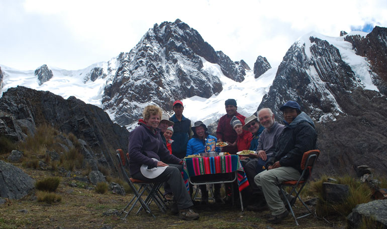 Gourmet-Lunch-peru-trek-Pacaraju-Pass