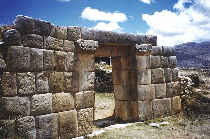 Peru, treks, climbs, hiking, - Huanuco-Gate-of-the-Sun-CORDILLERA-HUAYHUASH