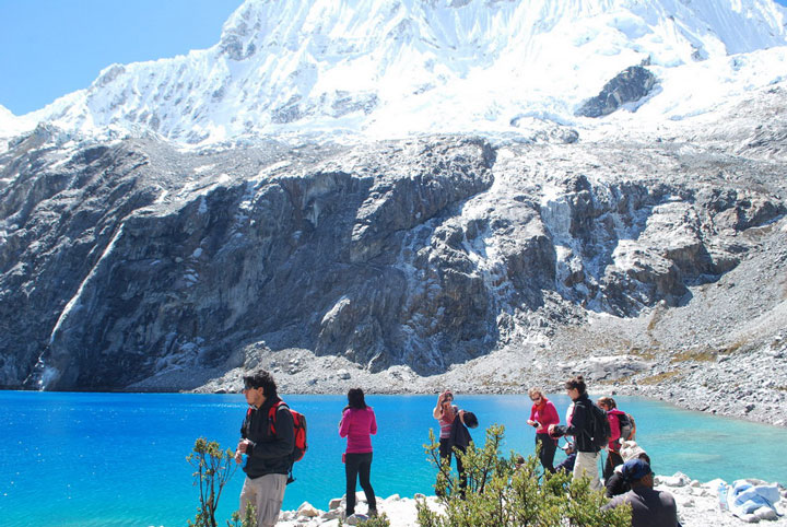 Peru, treks, climbs, hiking, - cordillera-blanca-day-hike-Laguna-69