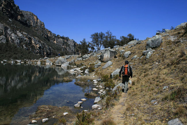 day-hike-to-Laguna-Urus