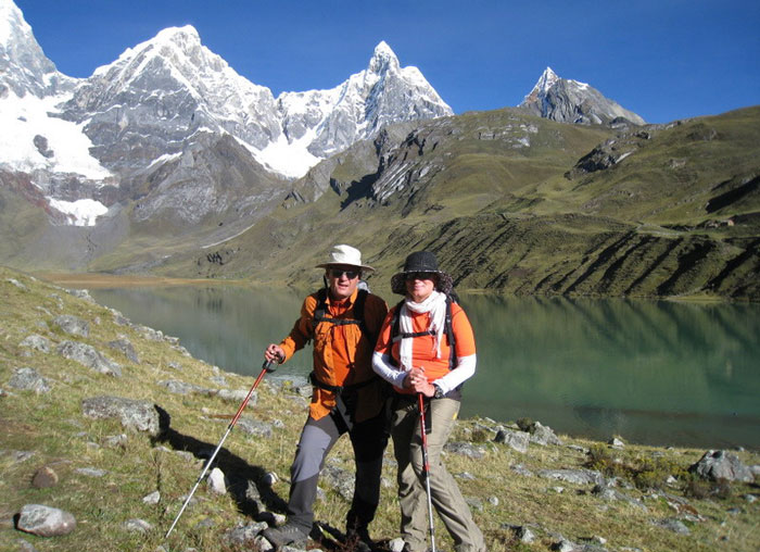 famouse-Huayhuash-trek-10-11-Days