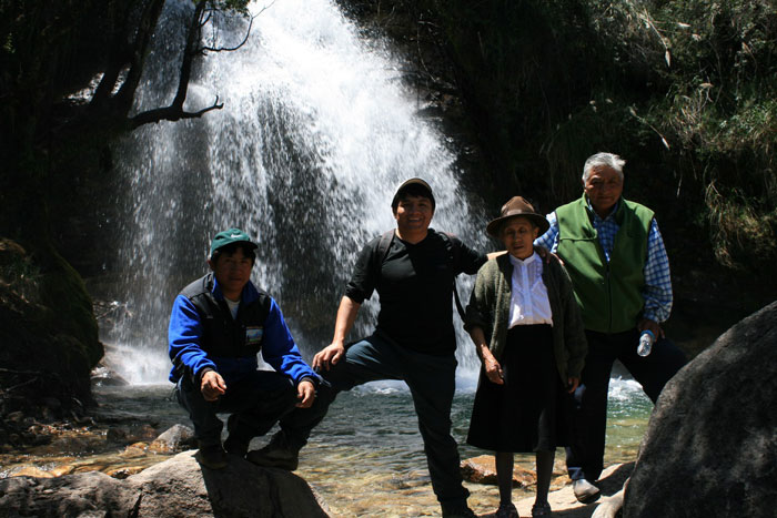 Peru, treks, climbs, hiking, - guided-tour-to-honcopampa