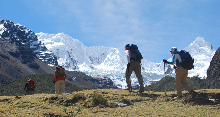 quillqueyhuanca-trek-cojup-valley