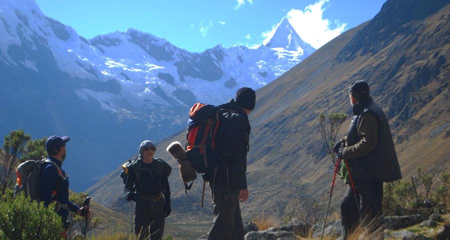 alpamayo-trek-cordillera-blanca