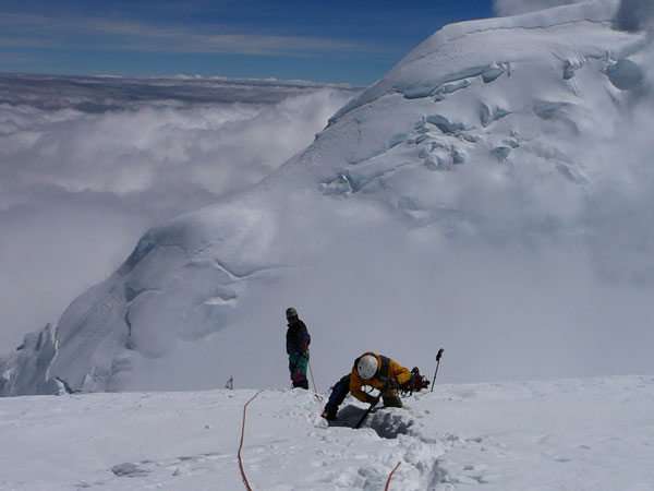 Crevasse-Rescue-on-huascaran