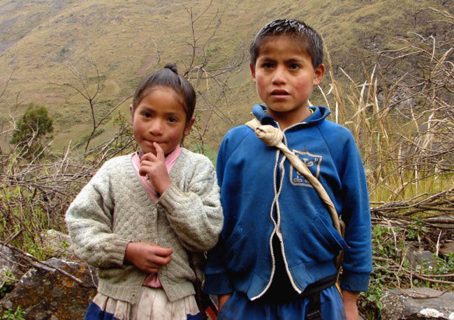 santa-cruz-trek-huaripampa-kids
