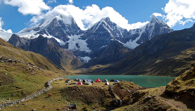 Cordillera-huayhuash-trek